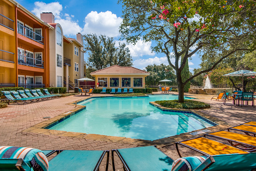 Estates at Los Colinas: Irving, Texas