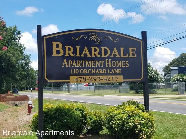 Brandon Court &Briardale Apartments:  Warner Robins, Georgia